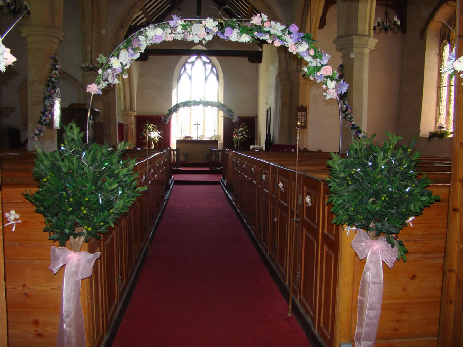 Topiary Tree Hire Bow Belles Uk